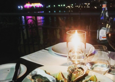 Oysters by the sea dinner